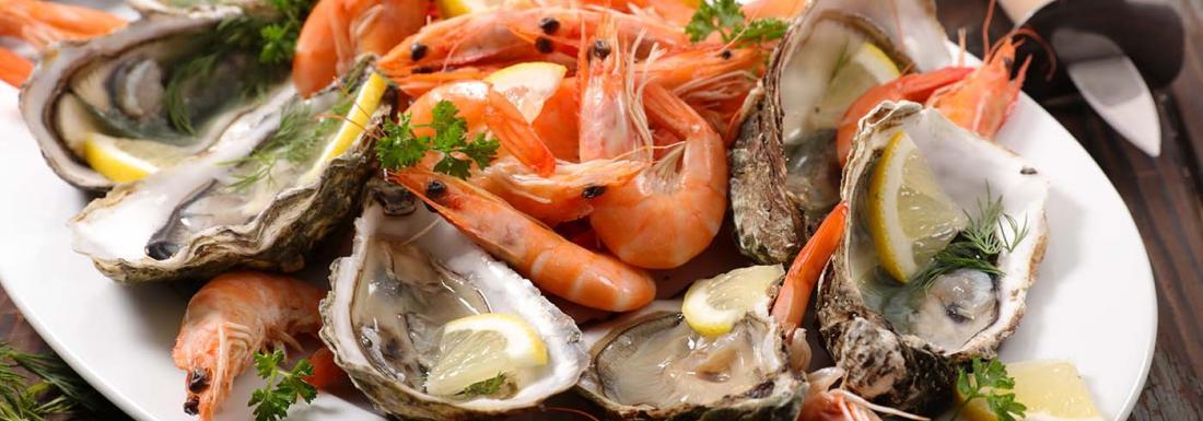 Fresh seafood platter at a restaurant